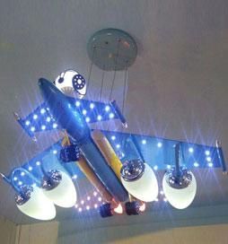 لوستر کودک هواپیمای آبی