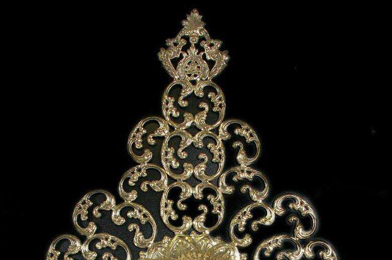 ساعت-دیواری-انتیک-مدل-سلطنتی