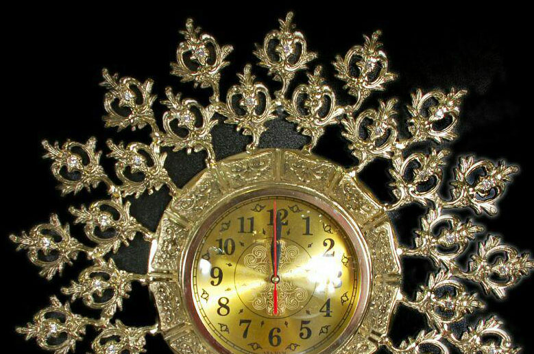 ساعت-دیواری-انتیک-مدل-گل-بوته