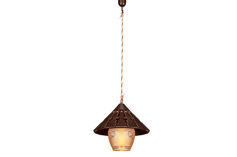 آویز-چوبی-4018-1(کلاه چینی دارکار)