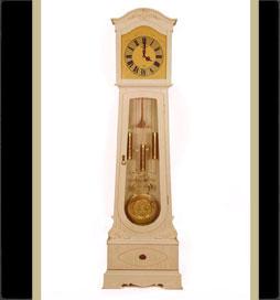 ساعت-چوبی-مدل-ویکتوریا-کرم