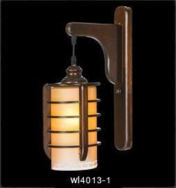 دیوارکوب چوبی-4013