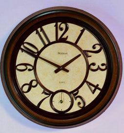 ساعت دیواری چوبی نوژان