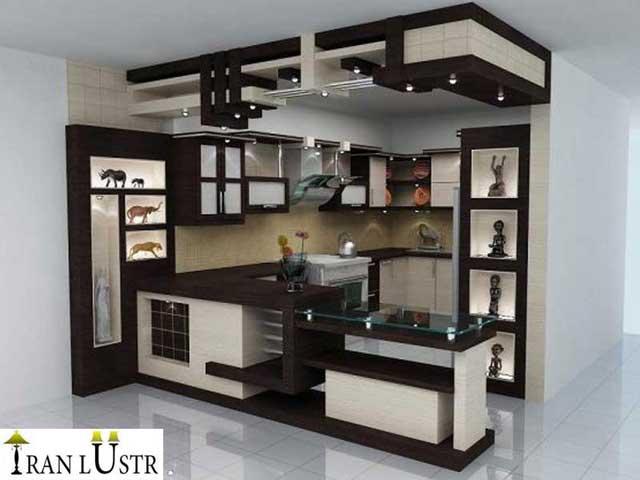لوستر آشپزخانه ای که دکوراسیون متفاوت با پذیرایی دارد